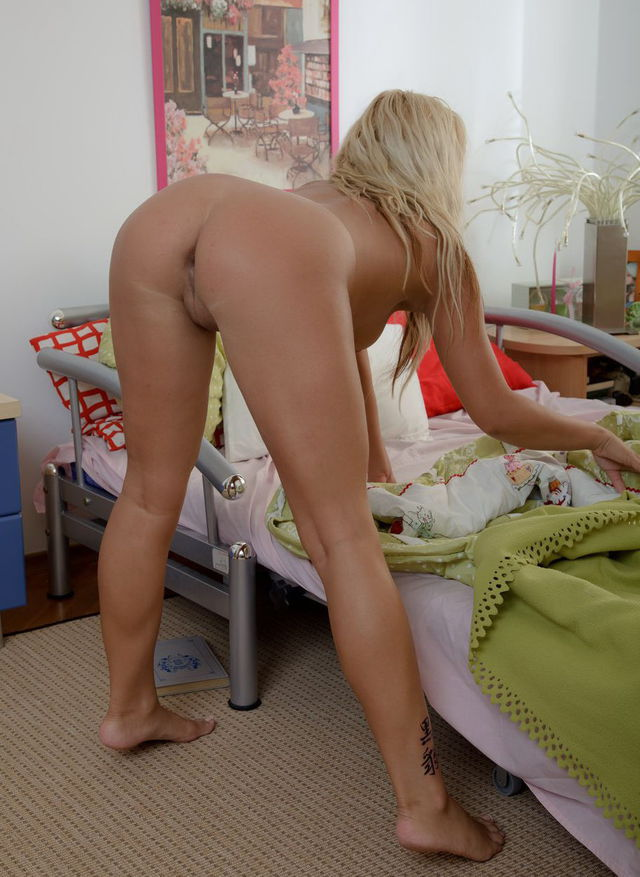 download jessie rogers fucked and creampied on a massage table
