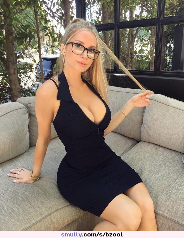 handjob while smearing poop on her perky tits on xpee