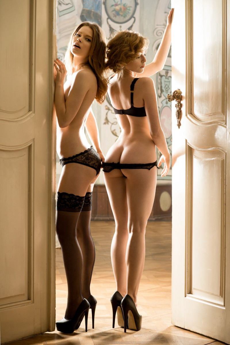 booby brunette sarah in sexy lingerie stockings #Playboy #Playmate #luana #playing #provocante
