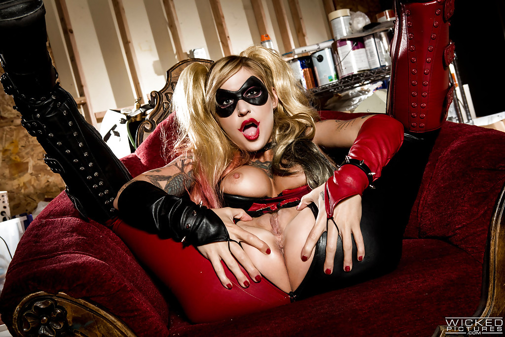 ebony doggystyle compilation part mobile porn #KleioValentien#cosplay#costume#HarleyQuinn#sologirl#longhair#blondehair#breasts#ass#pussy#